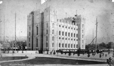 Salt_Lake_Temple_under_construction_1880s